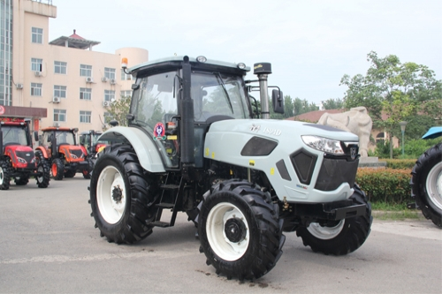 QLN-1804 tractor (180hp 132.3KW 4WD)